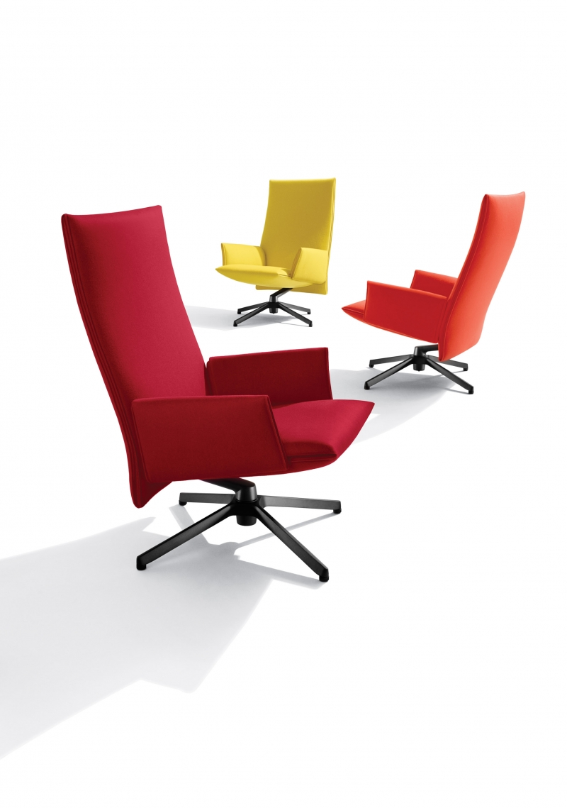 Knoll Pilot lounge chair